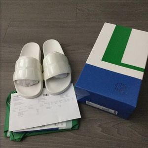 Tory Burch sport white pool slides size 8